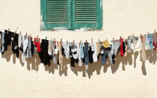 Как стирать бюстгальтер с косточками в стиральной машине и вручную: 7 правил ухода за дорогим бельем