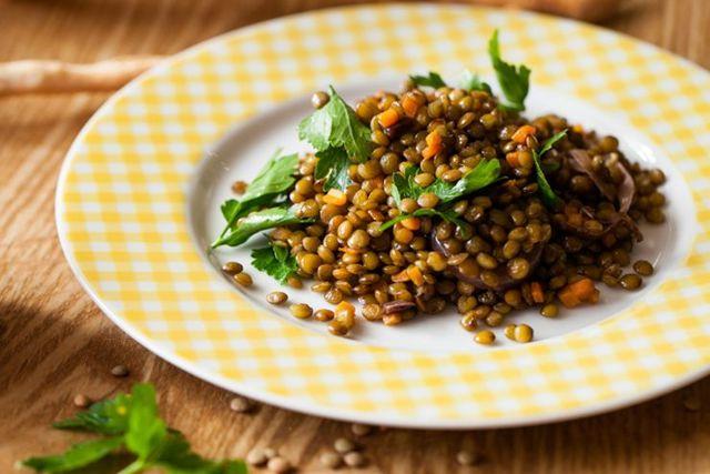 Как и сколько замачивать чечевицу перед приготовлением: секреты поваров