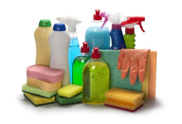 Можно ли стирать средством для мытья посуды: в чём трудности и преимущества метода