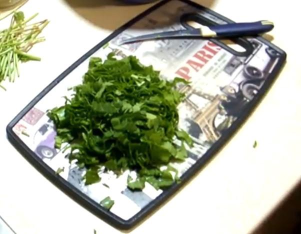 Как закрыть щавель на зиму в банках: рецепты заготовки с солью, уксусом, в собственном соку
