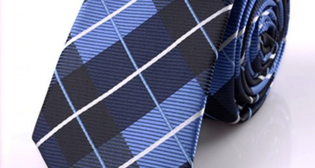 Как стирать галстук в домашних условиях, чтобы не испортить изделие?
