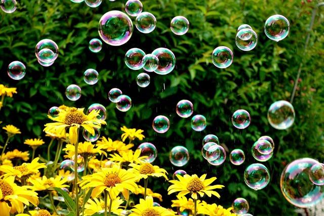 Как сделать мыльные пузыри в домашних условиях - составы и рецепты