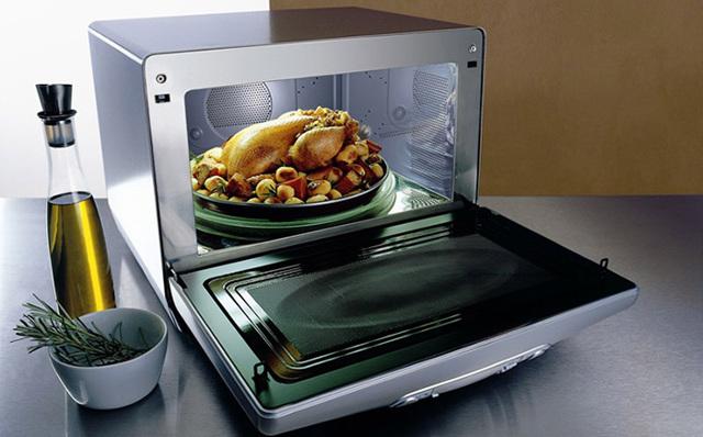 Можно ли запекать или разогревать мясо в микроволновке: принцип работы СВЧ-печи и правила готовки