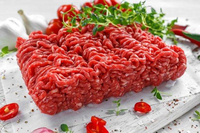Как быстро разморозить мясо: полезные советы хозяйкам