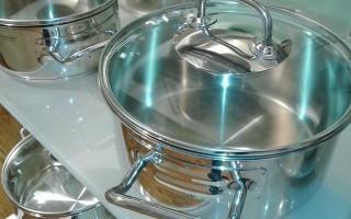 Канцелярский клей от нагара на сковородке - эффективное средство, которым пользовались наши бабушки