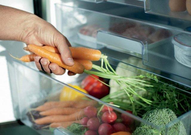 Как и где правильно хранить морковь в холодильнике: можно ли замораживать, класть очищенную, немытую
