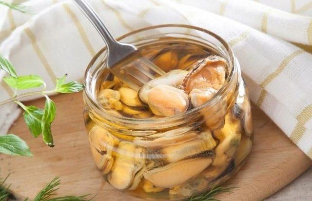 Как чистить мидии – правила обращения с замороженными, свежими и готовыми продуктами