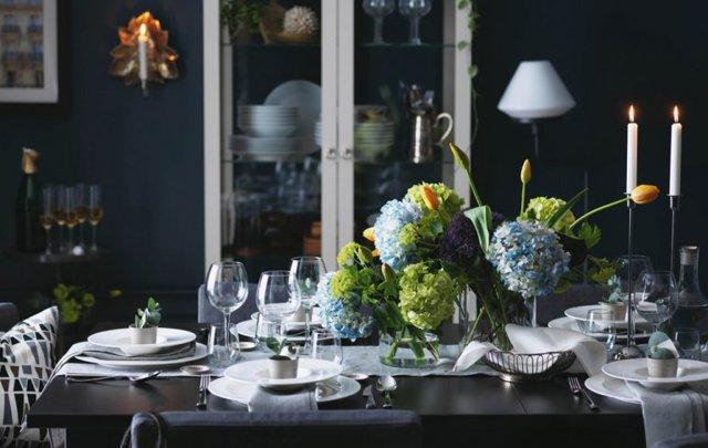 Как правильно сервировать стол к празднику?