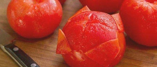 Как снять кожицу с помидоров быстро - кипяток, газ, микроволновка