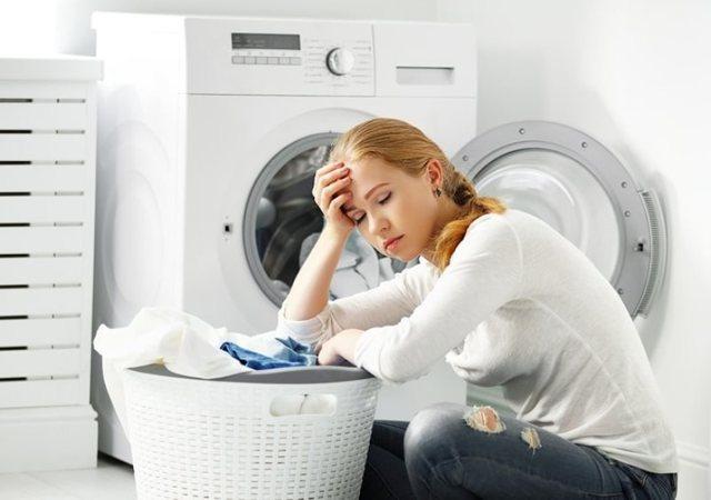 Чем отбелить тюль в домашних условиях от серости вручную и в стиральной машине: обзор химических средств