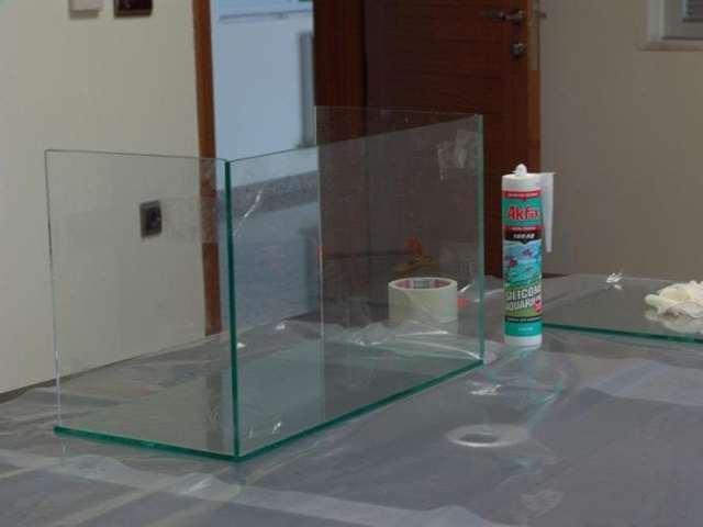 Клей силиконовый: состав, свойства и характеристики