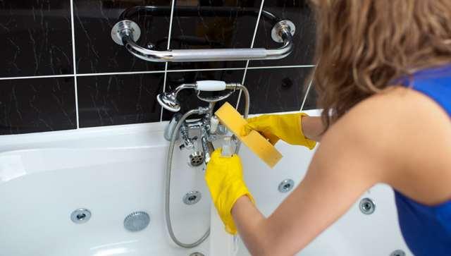 Чем и как очистить кран от известкового налета в домашних условиях: лучшие средства для сантехники