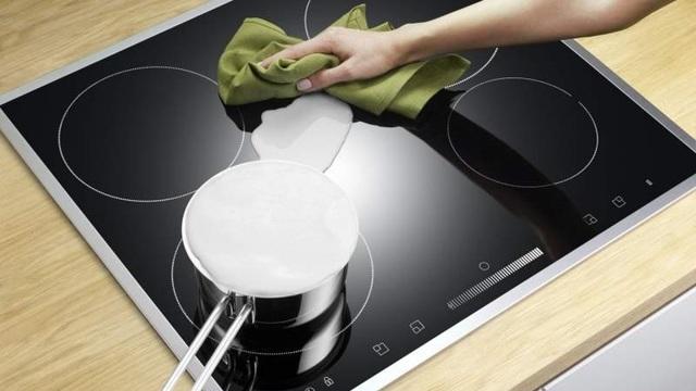 Как и чем почистить керамическую плиту – проверенные способы и средства