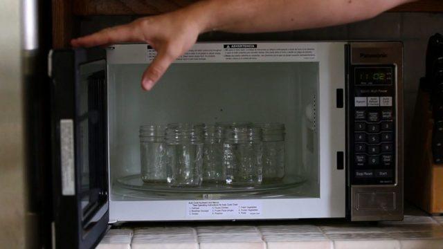 Дезинфекция губки в микроволновке — правда и вымыслы