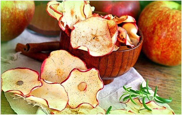 Как сушить яблоки в духовке, электросушилке, микроволновке в домашних условиях