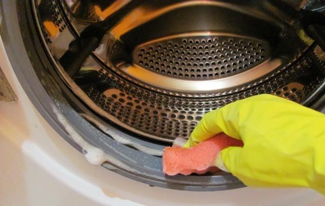 Запах и плесень в стиральной машине 💡 как избавиться: 5 способов чистки в домашних условиях