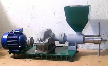 Как отделить подсолнечное и моторное масло от воды своими руками: простые способы пошагово