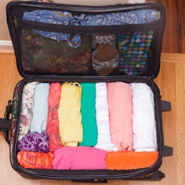 Как сложить полотенце компактно в шкаф, чемодан или в сумку: несколько вариантов для банных и кухонных полотенец