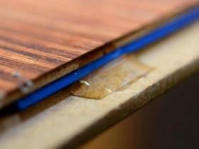 Разошёлся ламинат — как исправить, не разбирая, почему скрипит пол