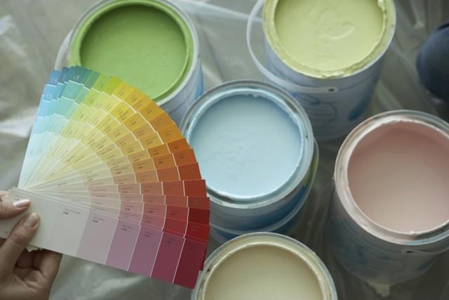 Краска без запаха: преимущества и виды