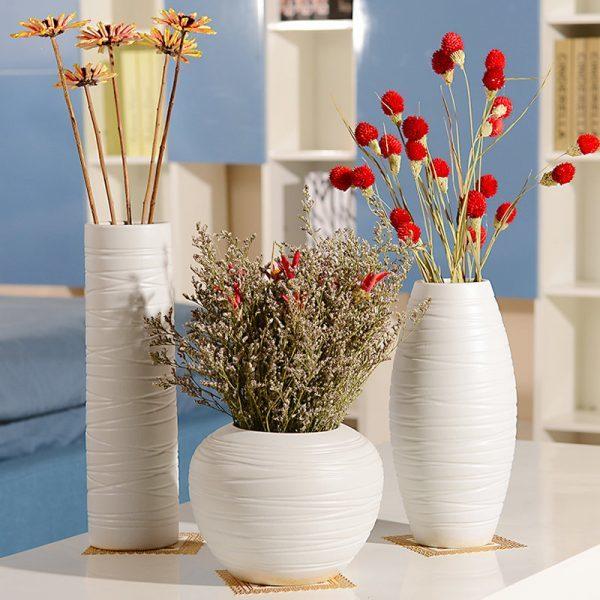 Можно ли держать дома искусственные цветы как украшение интерьера: суеверия и сухие факты