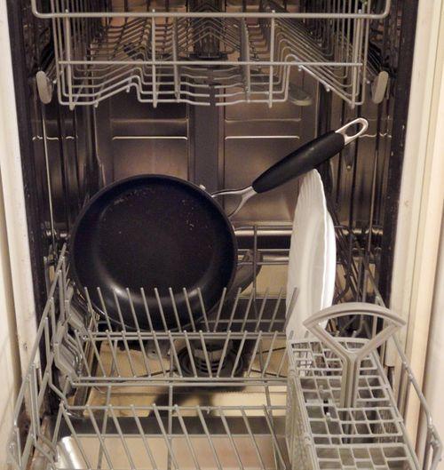 Как правильно складывать и мыть кастрюли в посудомоечной машине, какие мыть нельзя