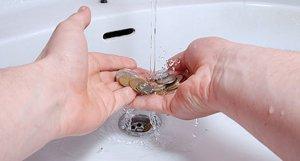 Чистка монет электролизом в домашних условиях: особенности процесса