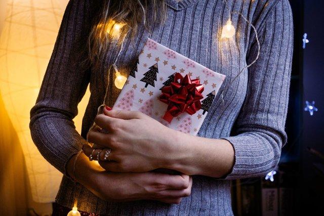 Как выбрать гирлянду на Новый год: признаки качественных и некачественных изделий