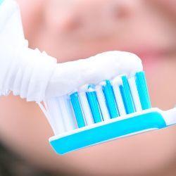 Необычное применение зубной пасты в быту – 16 способов для чистоты и красоты