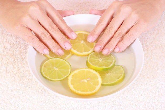Как смыть йод с кожи и вывести пятна с рук?