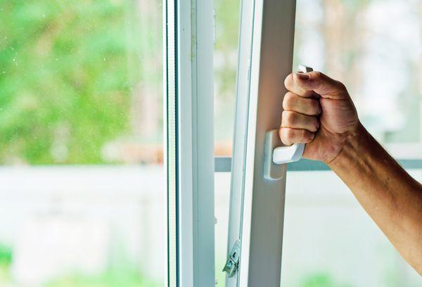 Как избавиться в доме от сырости – советы и рекомендации