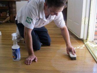 Уход за линолеумом: чем и как отмыть пятна и не допустить изнашивания?