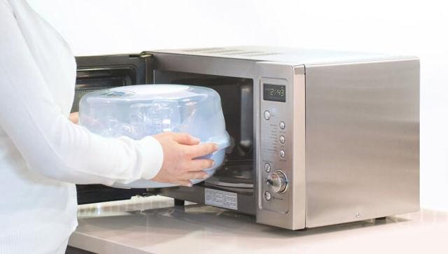 Как стерилизовать банки в микроволновке 💡 сколько минут держать и при какой температуре?