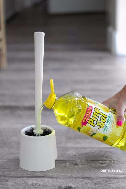 Зачем капать эфирное масло на втулку — секрет свежести в туалете