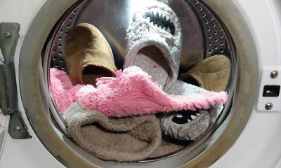 Как стирать тапочки в стиральной машине автомат, какие стирать нельзя