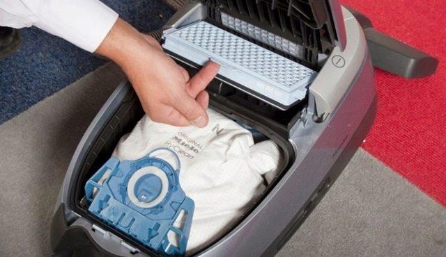 Как почистить пылесос в домашних условиях: избавляем фильтр от ...