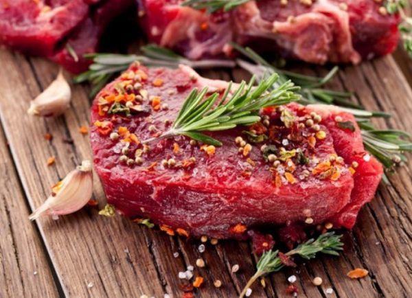 Как избавиться от запаха от мяса в домашних условиях