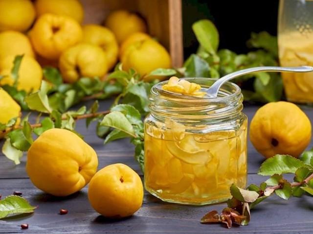 Как есть айву в сыром и готовом виде и что это за фрукт: все о пользе, вреде и способах приготовления