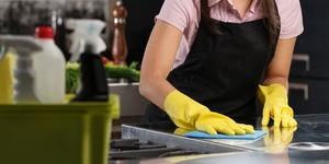 Как убрать запах уксуса с дивана, ковра, одежды, обуви, в холодильнике и в квартире: простые методы