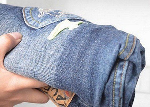 Чем очистить монтажную пену с одежды – 5 способов