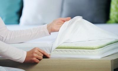 Как стирать непромокаемый и ортопедический наматрасник в стиральной машине
