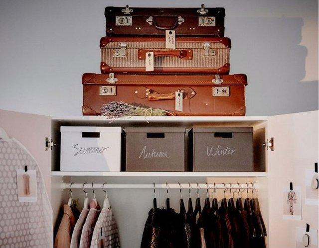 Как навести порядок в шкафу с одеждой: освобождаем место, сортируем, складываем