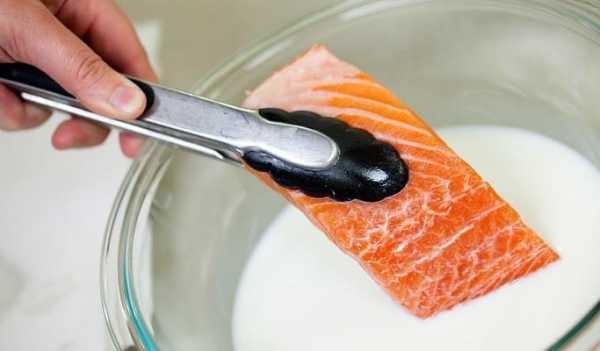 Как быстро вымочить солёную селёдку от соли в молоке или воде в домашних условиях