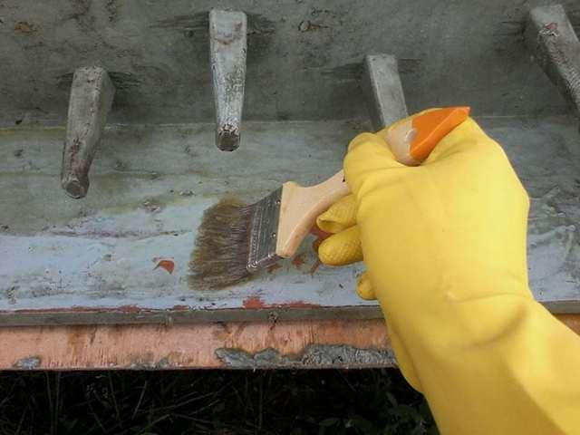 Средство для снятия краски с металла, дерева и других типов поверхностей