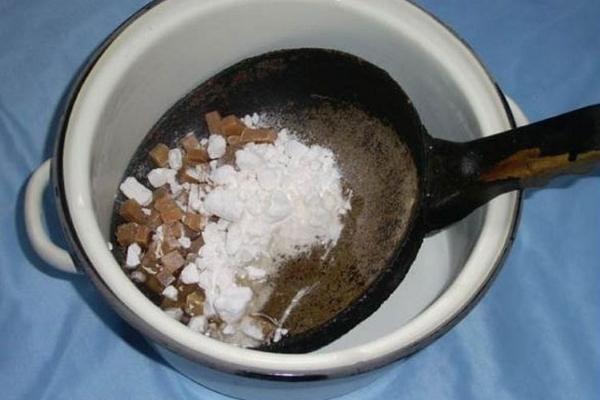 Очистка чугунной и алюминиевой сковороды от нагара дрелью в домашних условиях: обновляем чугунную, алюминиевую, стальную посудину