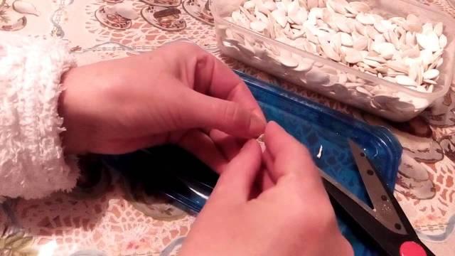 Как чистить тыквенные семечки – 2 отличных способа