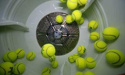 Теннисные мячики для стирки: нужны ли, в чем их польза, как использовать
