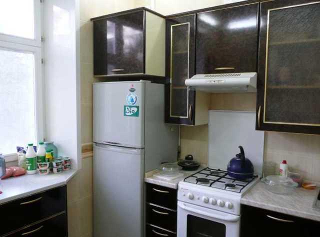 Можно ставить холодильник рядом с плитой или нет – вред от газовой плиты