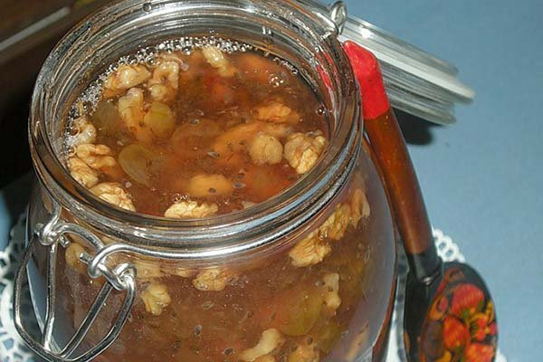 Как сушить грецкие орехи в духовке в домашних условиях?