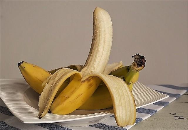Как отстирать пятна от банана на детской одежде – самые эффективные способы